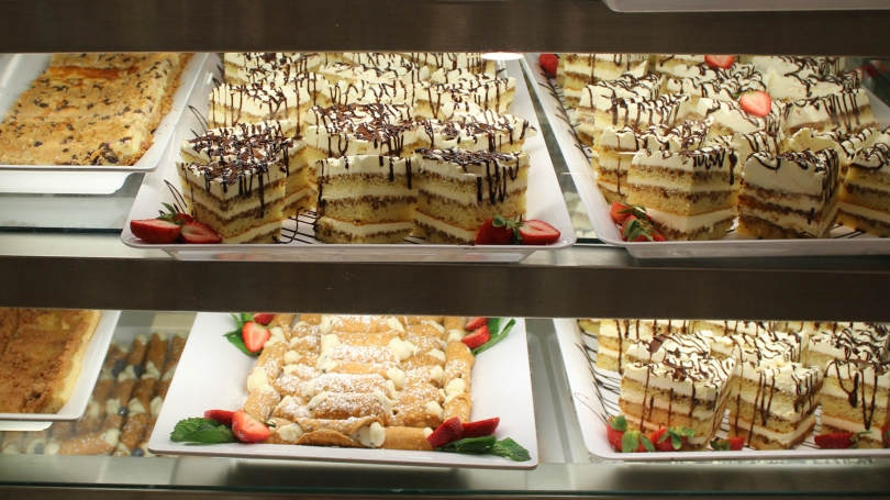 Display of Italian desserts